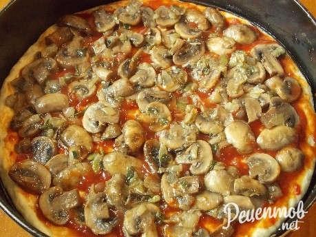 Пицца с жареными грибами рецепт