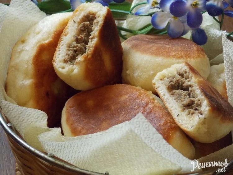 Жареные пирожки с печенью и рисом рецепт