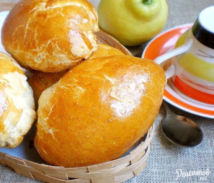 Как приготовить булочки с сгущенкой в домашних условиях